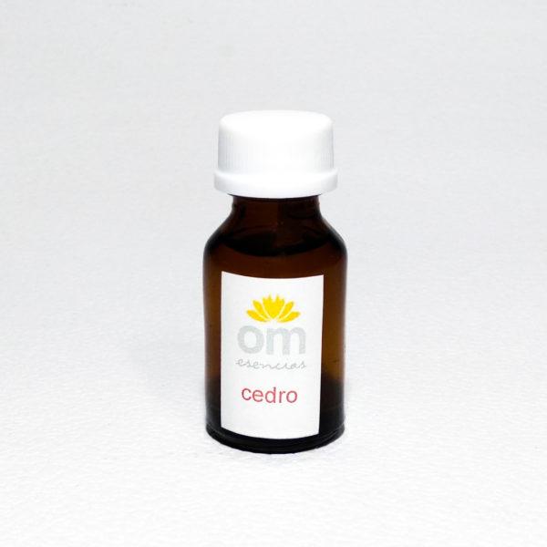 Aceite Esencial de Cedro 1